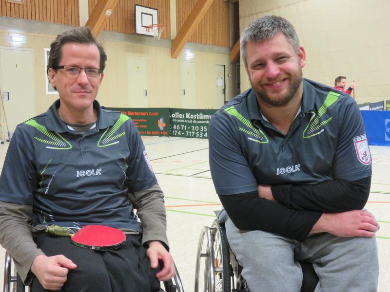 Rollstuhl-Tischtennis - Regionalliga Nord Saison 2015/16 - RSC Berlin 3: Sascha Barth (l.) und Benny Ghazal