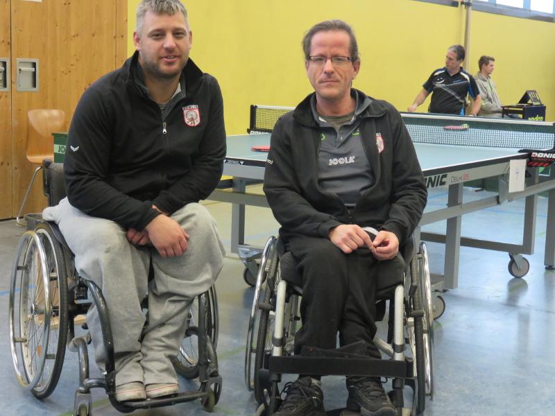 Rollstuhl-Tischtennis: 2. Bundesliga Nord Saison 2016/17 - RSC Berlin 2: Benny Ghazal (l.) und Sascha Barth